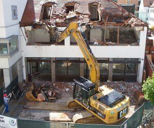 Obras de demolición, sujetas a Autorización Previa