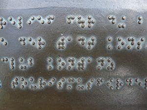 Braille en ascensores